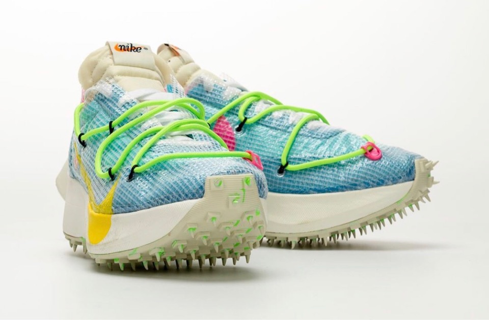 f:id:sneakerscaffetokyo:20191111103941j:plain