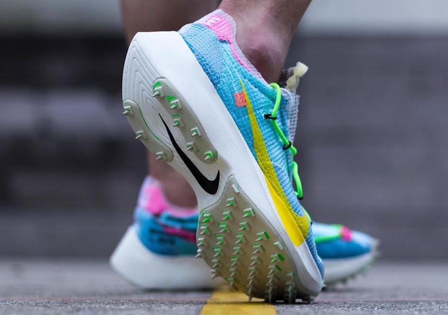 f:id:sneakerscaffetokyo:20191111104028j:plain