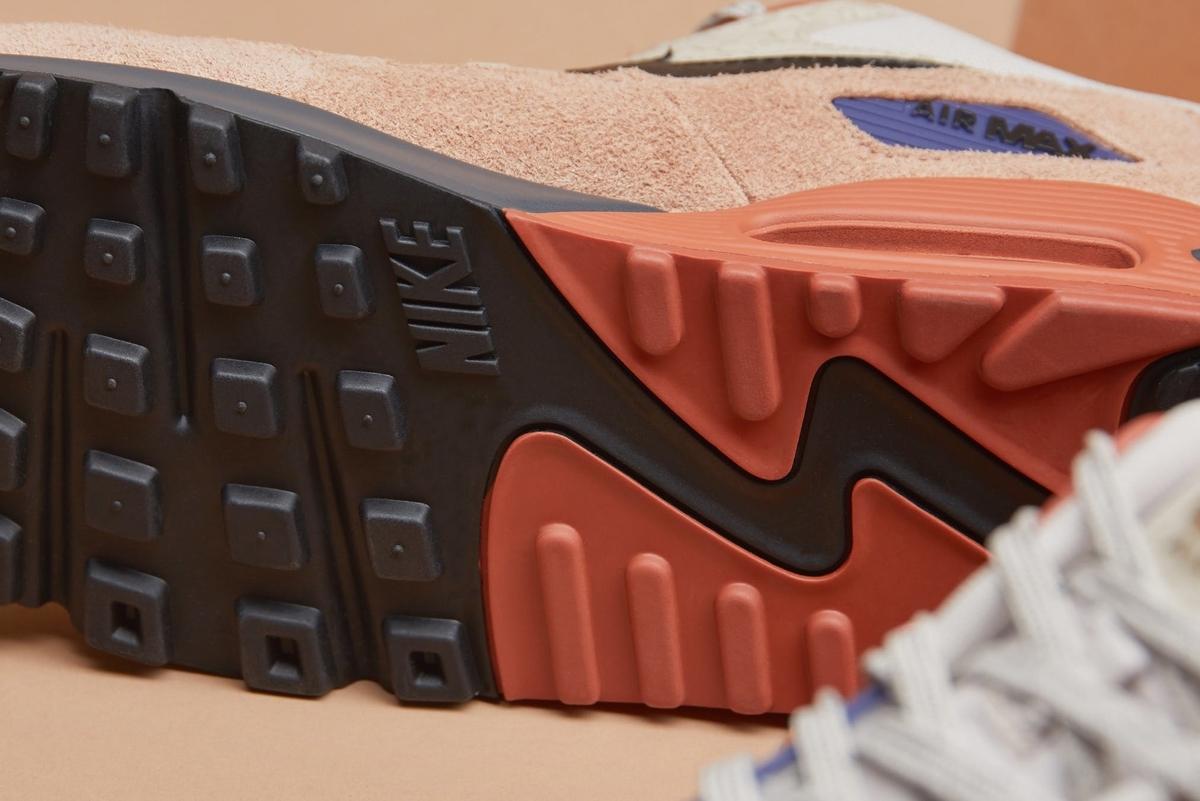 f:id:sneakerscaffetokyo:20191114072021j:plain