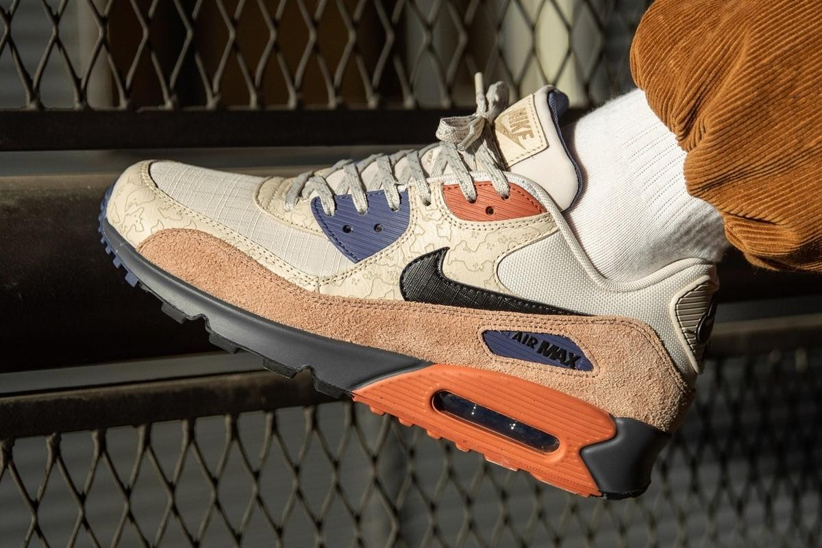 f:id:sneakerscaffetokyo:20191114072035j:plain