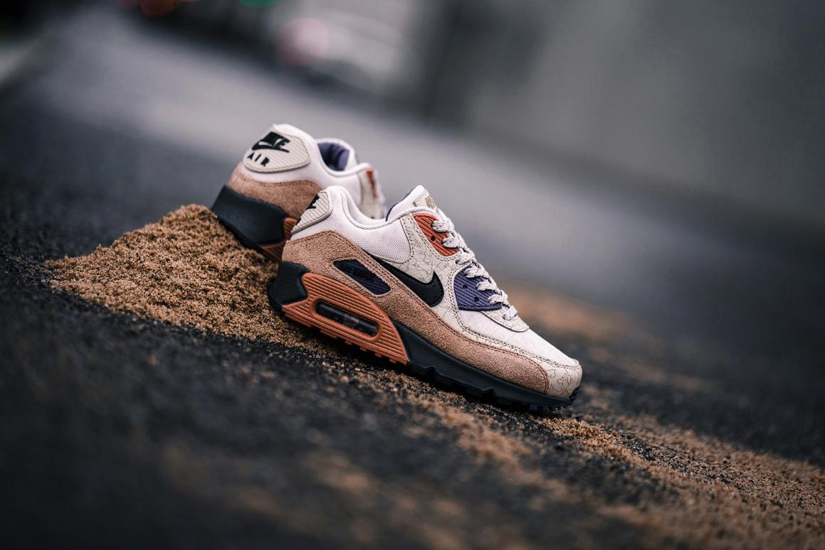 f:id:sneakerscaffetokyo:20191114072124p:plain