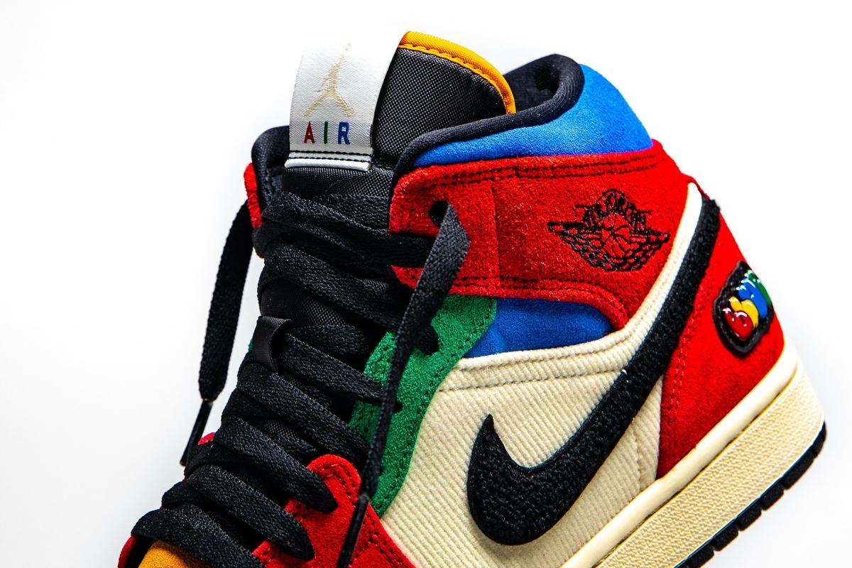 f:id:sneakerscaffetokyo:20191115100948j:plain