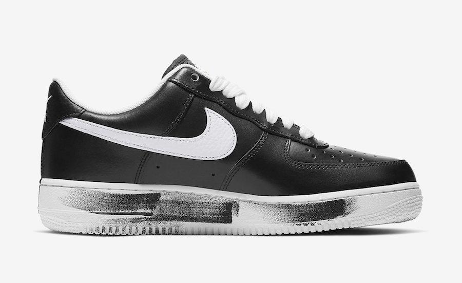 f:id:sneakerscaffetokyo:20191116081447j:plain