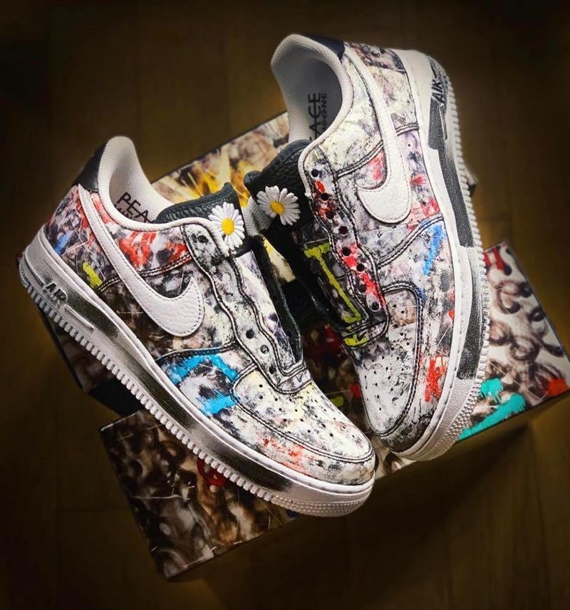 f:id:sneakerscaffetokyo:20191116081703j:plain