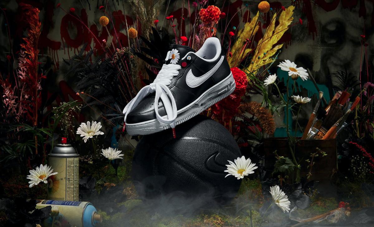 f:id:sneakerscaffetokyo:20191116082209p:plain