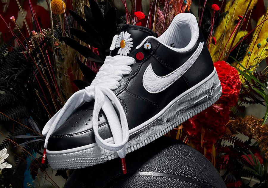 f:id:sneakerscaffetokyo:20191116082411j:plain