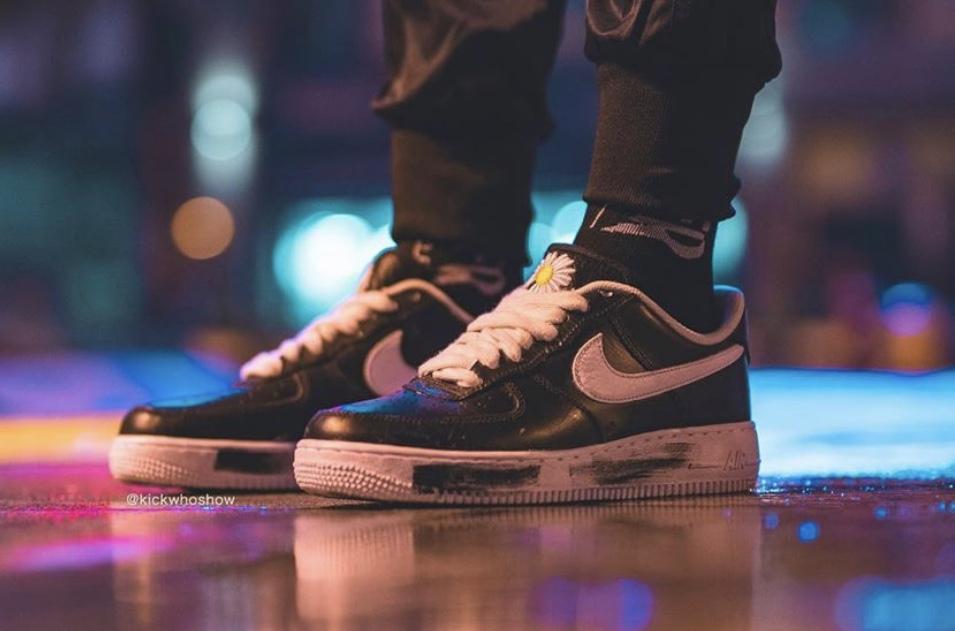 f:id:sneakerscaffetokyo:20191116082531j:plain
