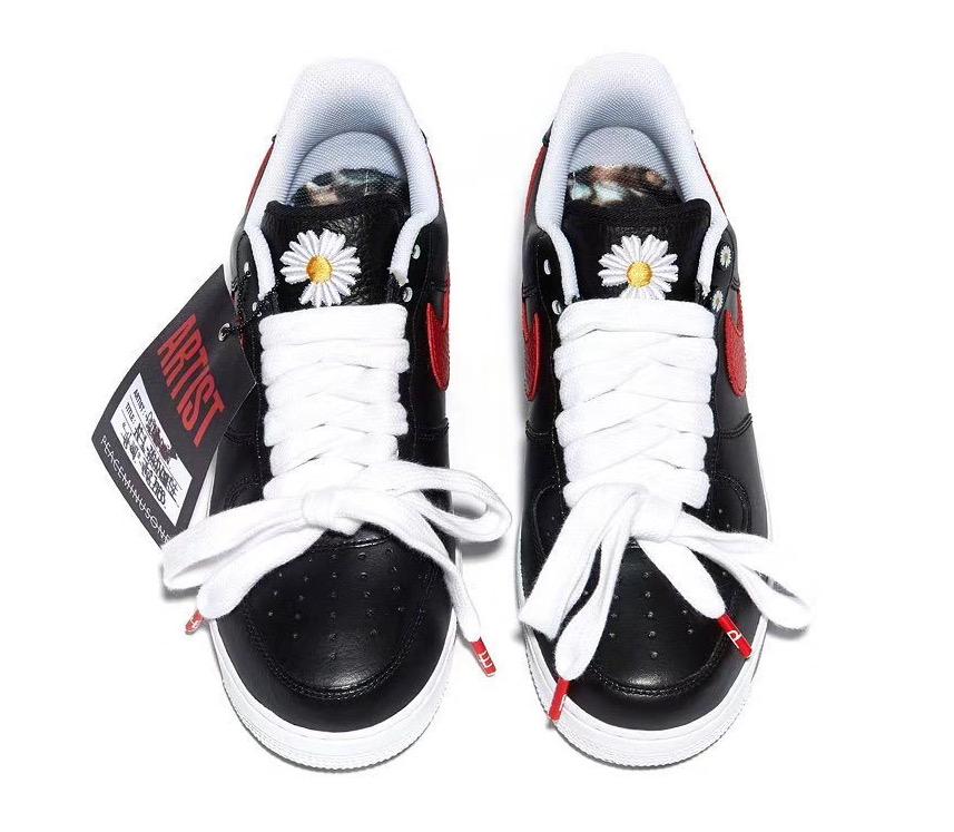 f:id:sneakerscaffetokyo:20191116082647j:plain