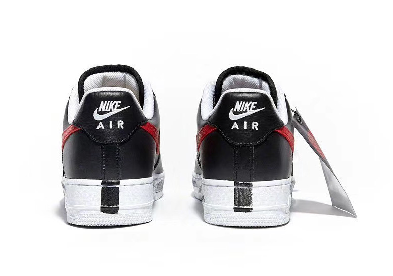 f:id:sneakerscaffetokyo:20191116082658j:plain