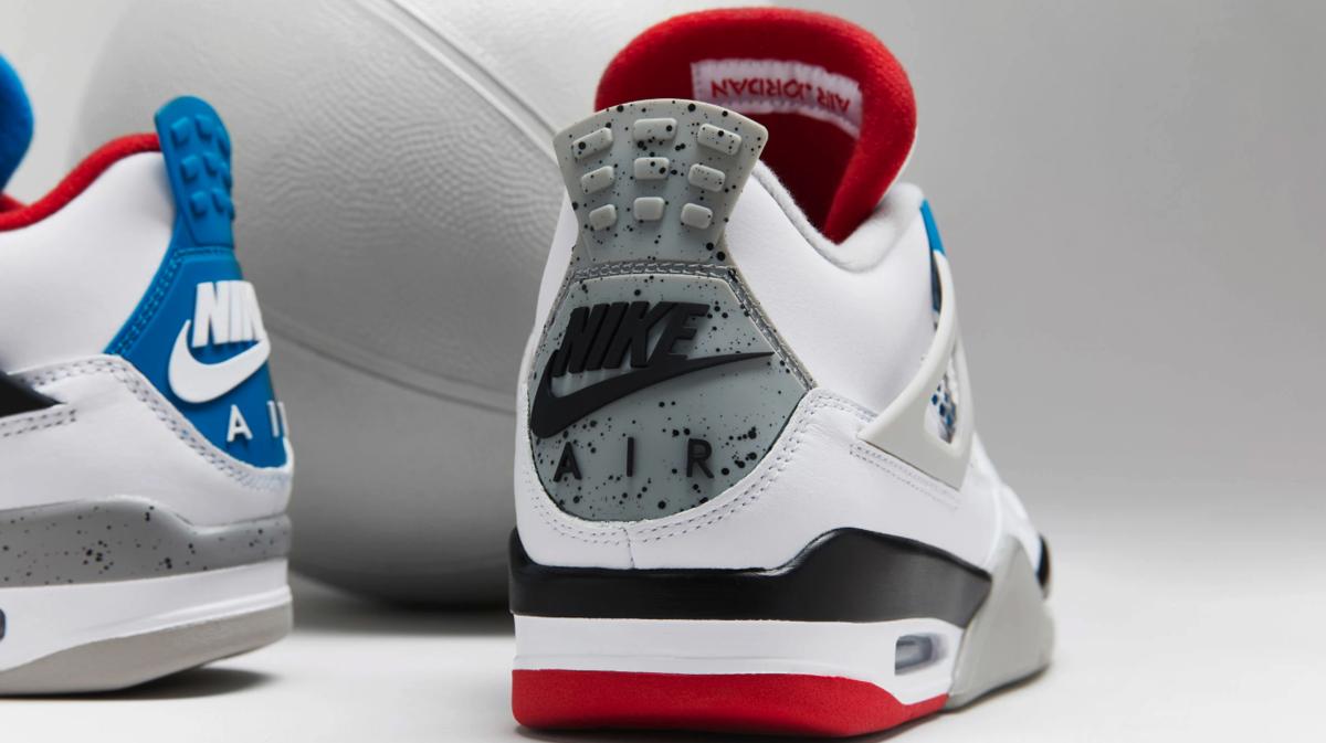 f:id:sneakerscaffetokyo:20191119184137p:plain