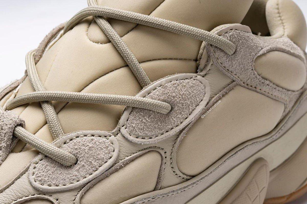 f:id:sneakerscaffetokyo:20191120181840j:plain