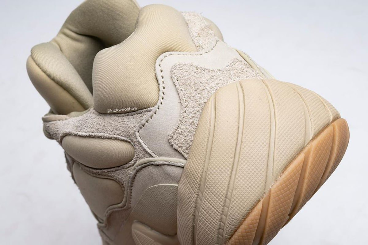f:id:sneakerscaffetokyo:20191120181914j:plain