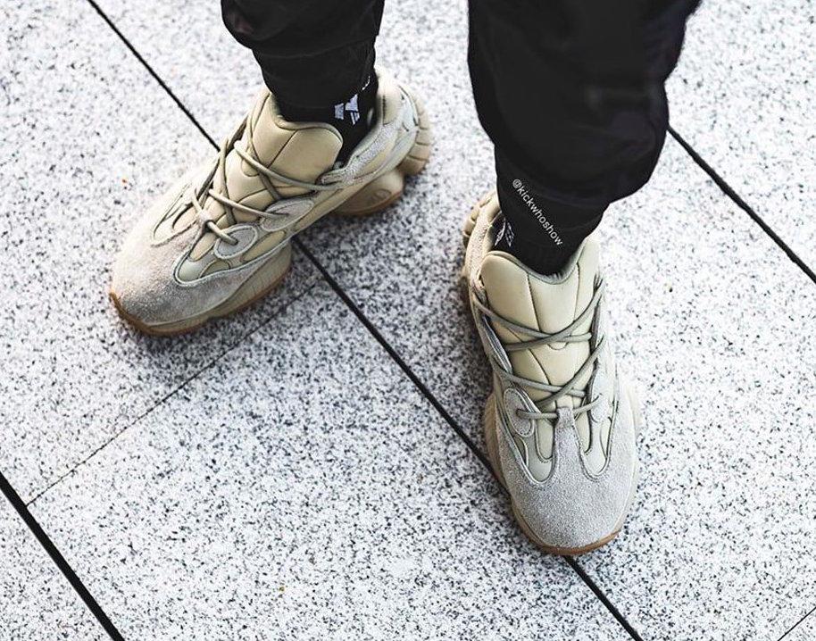 f:id:sneakerscaffetokyo:20191120182246j:plain