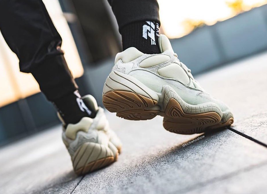 f:id:sneakerscaffetokyo:20191120182257j:plain
