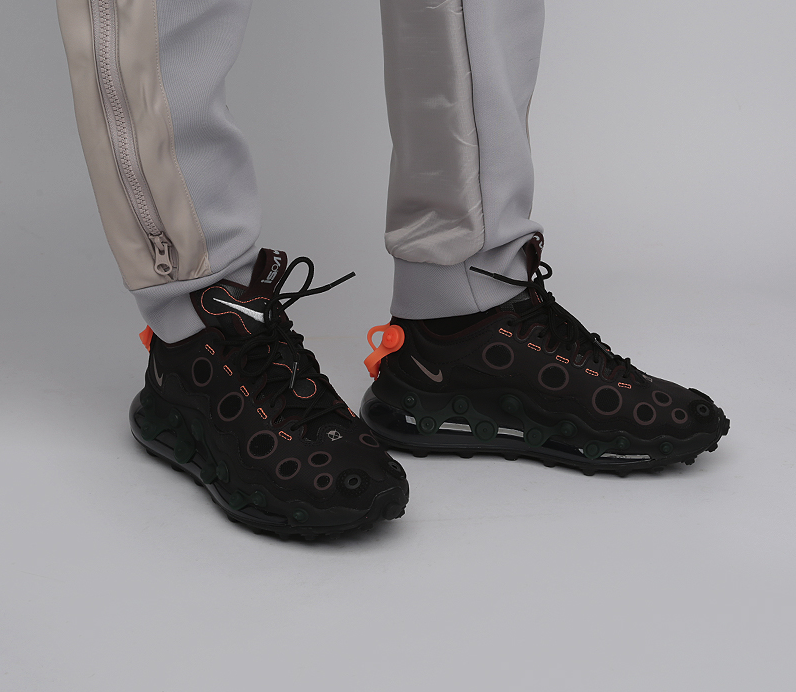 f:id:sneakerscaffetokyo:20191125154600p:plain