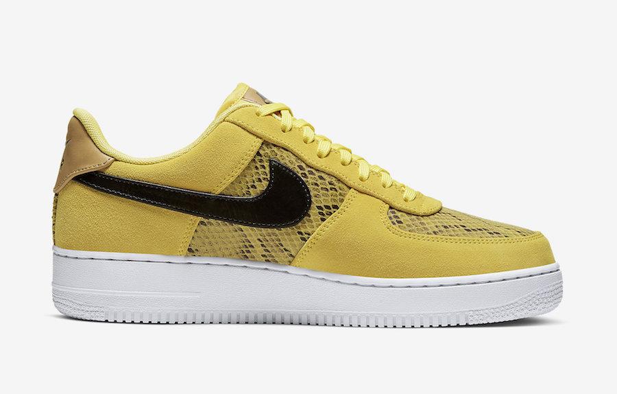 f:id:sneakerscaffetokyo:20191126182849j:plain