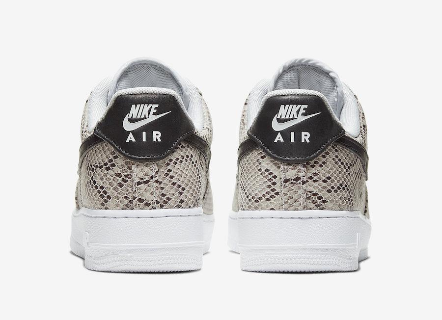 f:id:sneakerscaffetokyo:20191126183548j:plain
