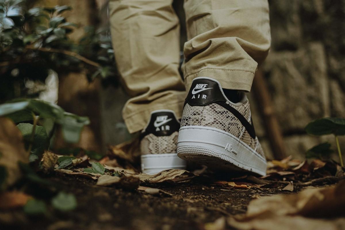 f:id:sneakerscaffetokyo:20191126183640j:plain