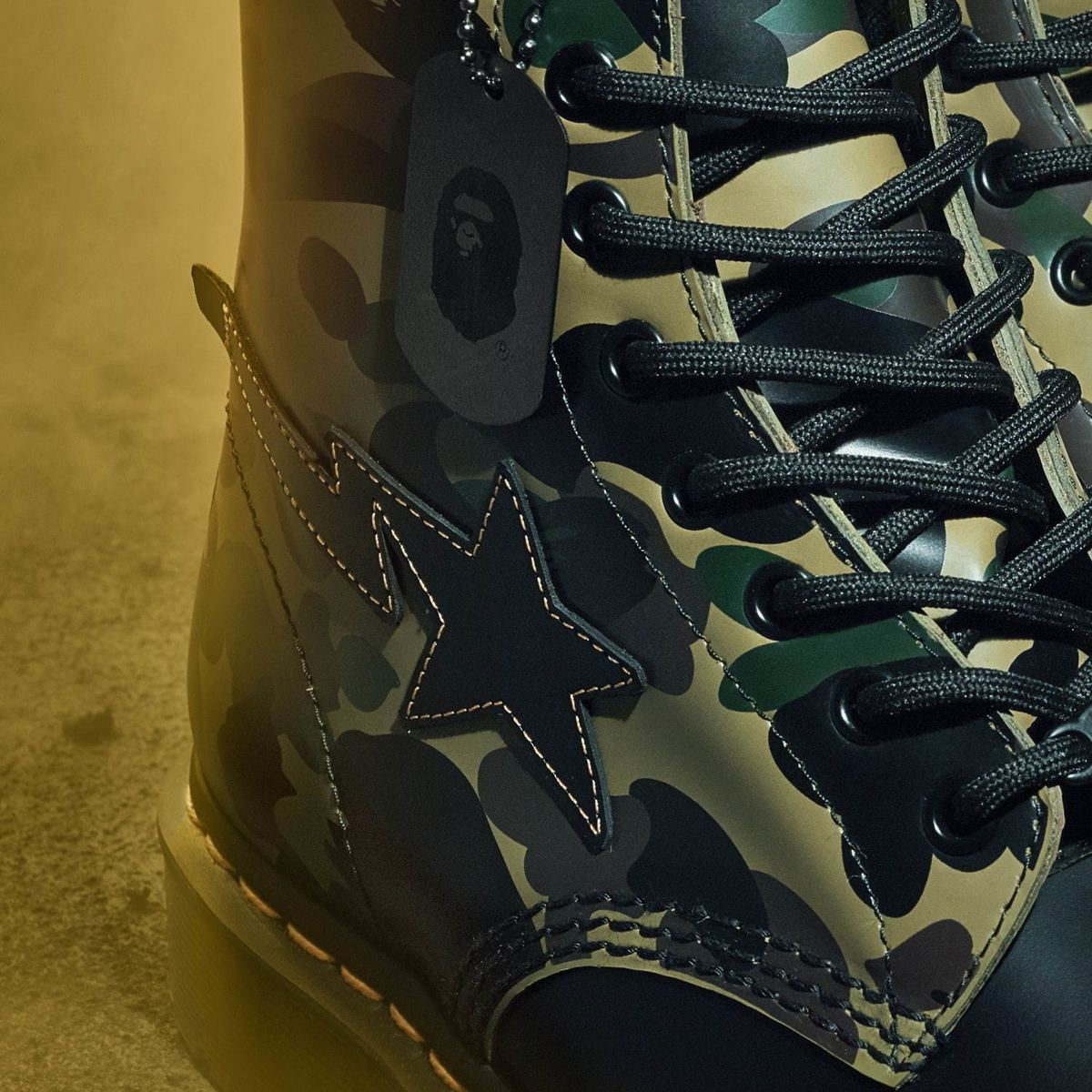 Dr. Martens 1460 8HOLE BOOTS REMASTERED BAPE 1ST CAMO