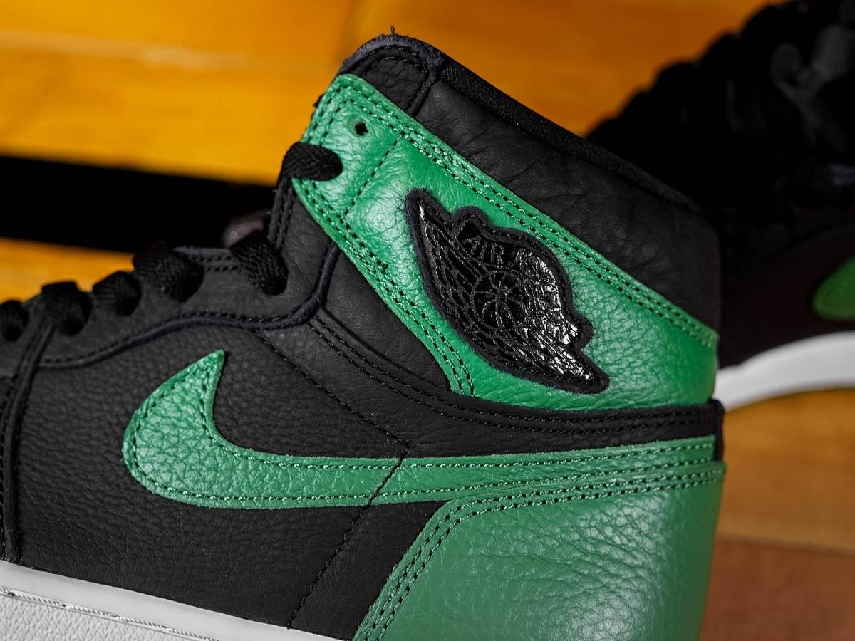 NIKE AIR JORDAN 1 HIGH OG BLACK/PINE GREEN 555088-030