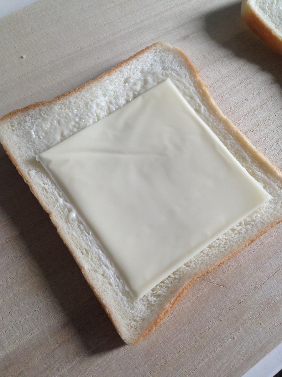 100均 くま 食パン用抜き型