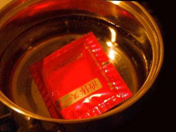 スープを小袋を入れた鍋