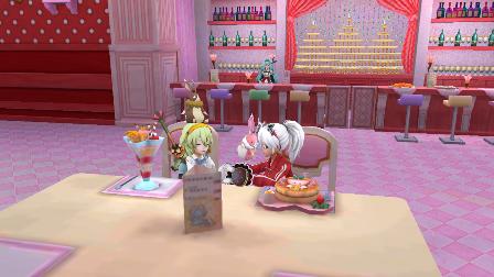 YOMEちゃんと食事中1