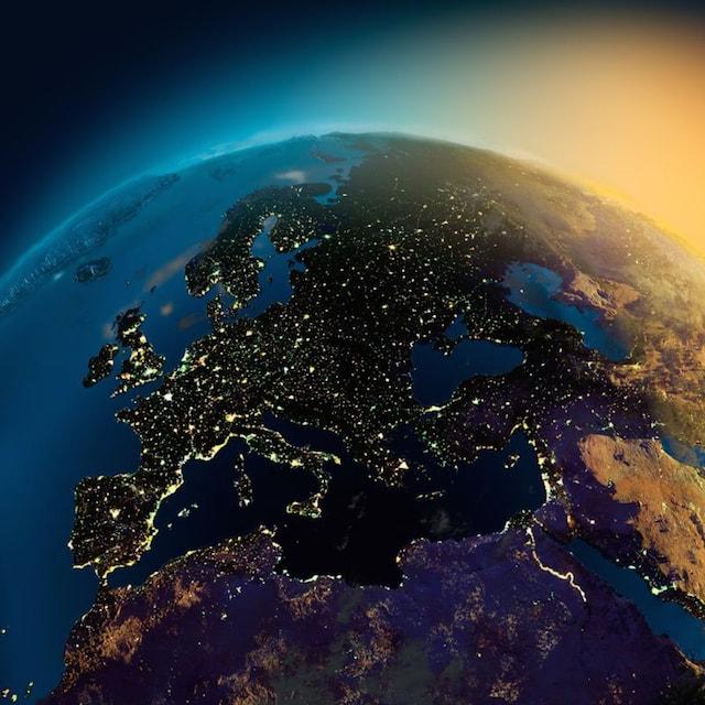 NASA撮影の夜の地球1