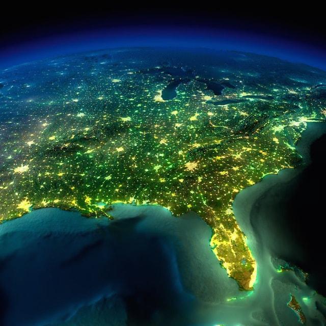 .NASA撮影の夜の地球2