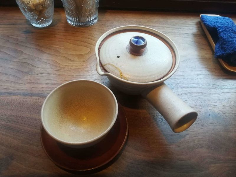 胡桃同喫茶店の日本茶