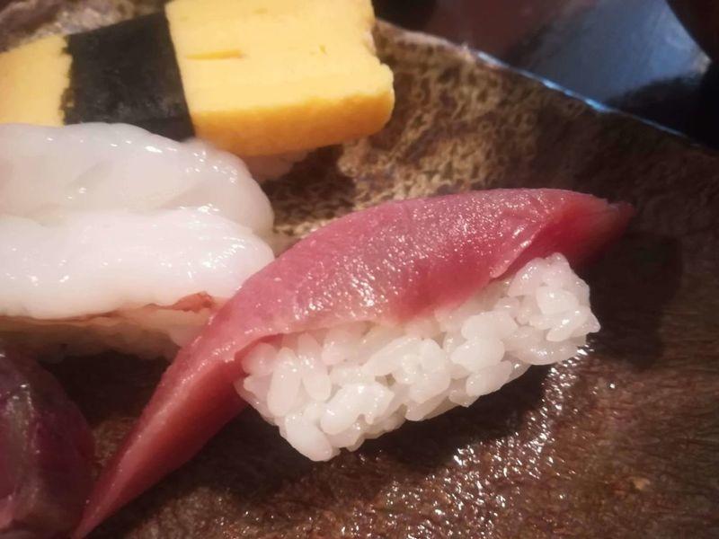 縁裕のマグロ寿司