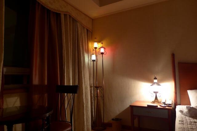 間接照明の部屋
