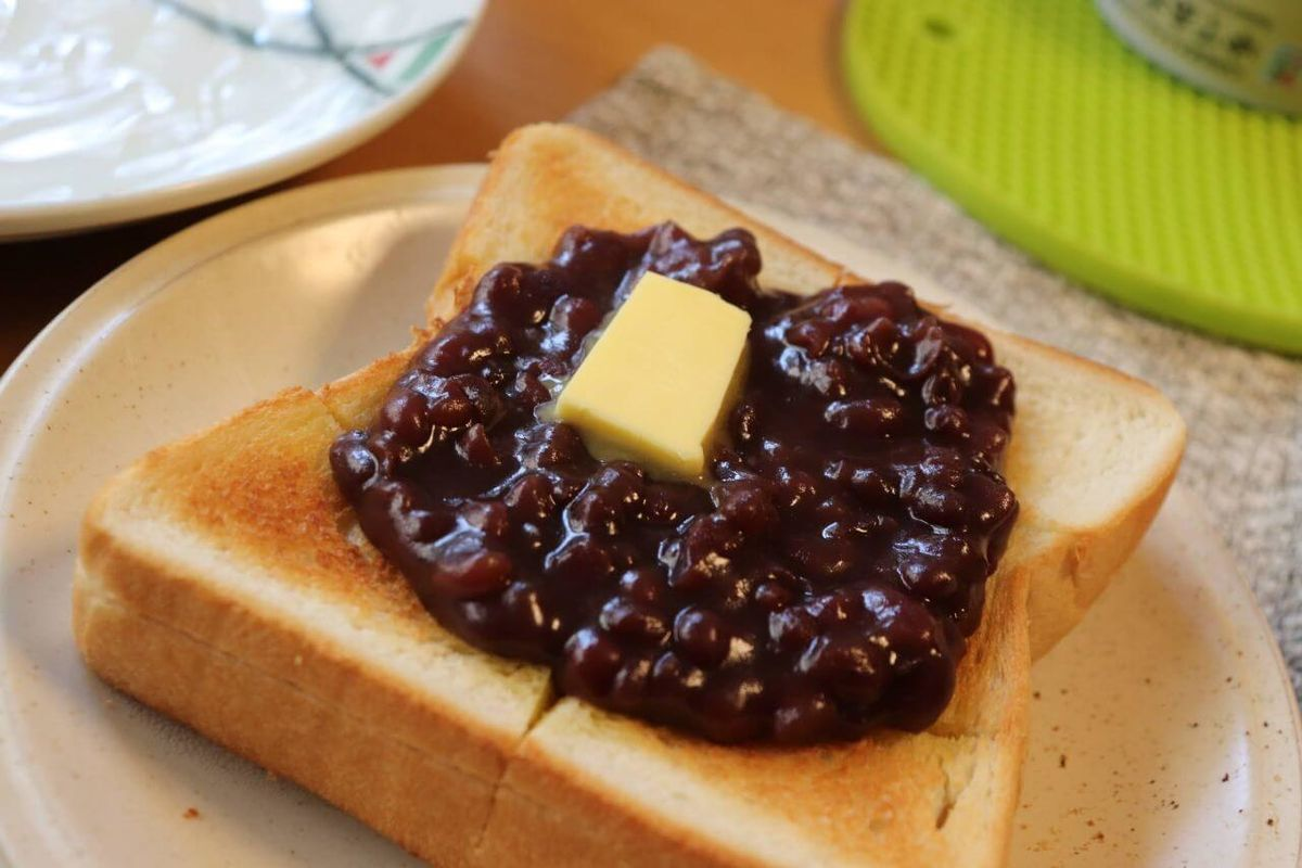セブンイレブンで買える食材で作った小倉トーストの画像