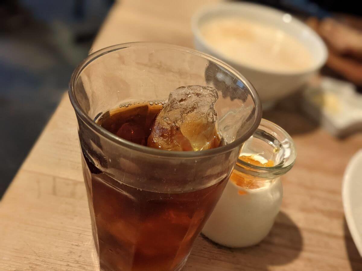 カタネベーカリーのアイスコーヒー