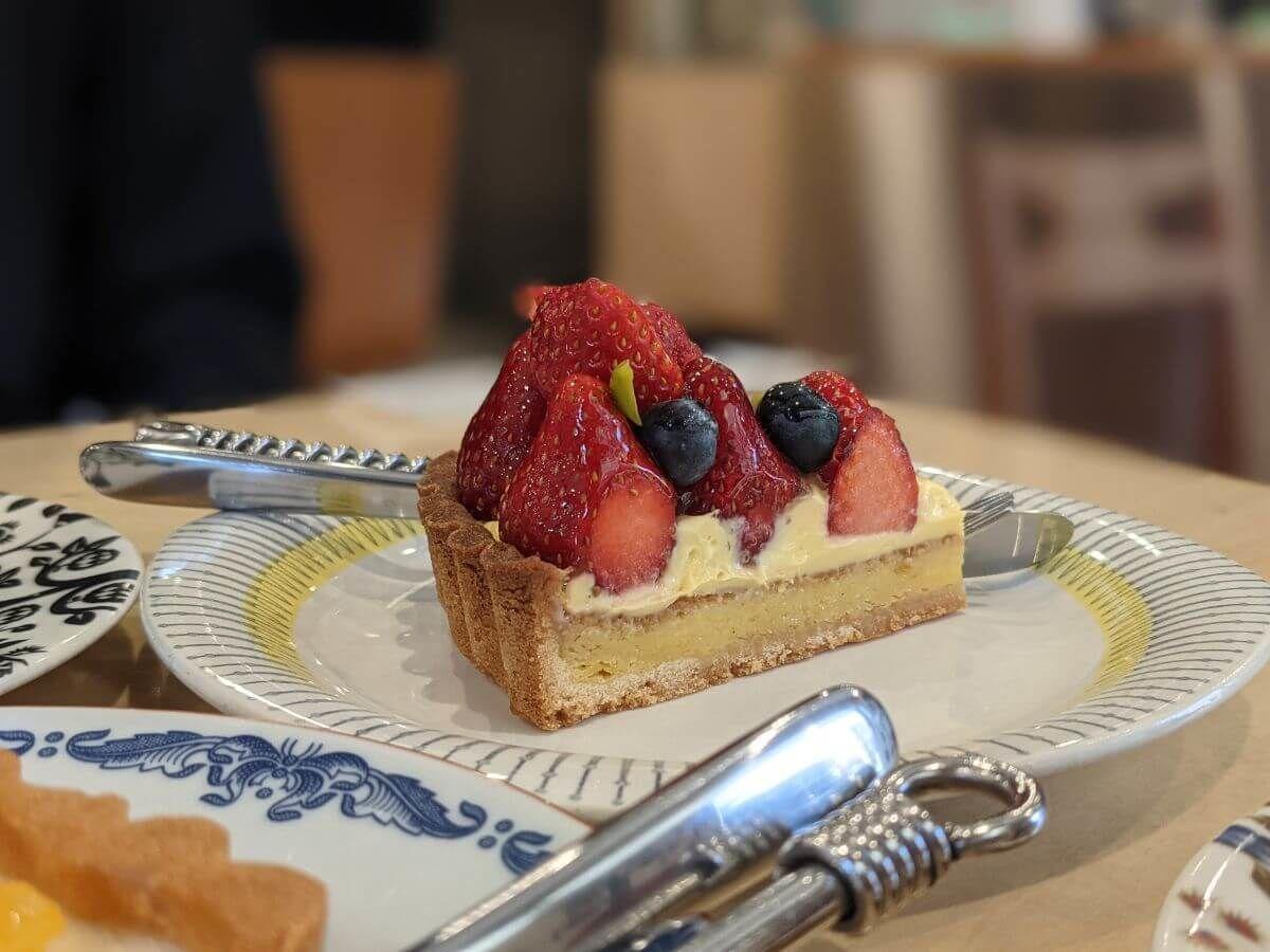 堀口珈琲のいちごのタルト