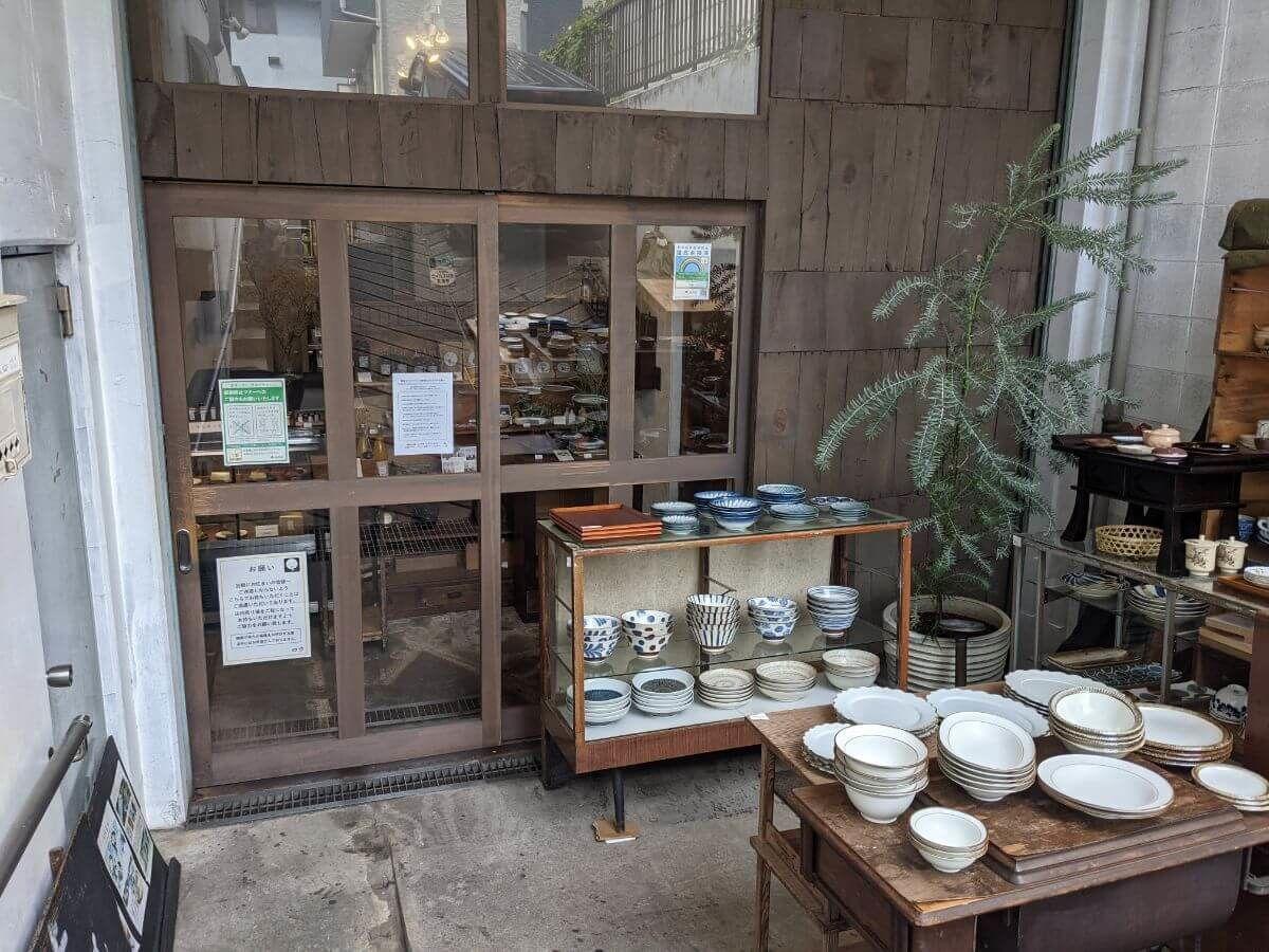 四歩吉祥寺本店の外観