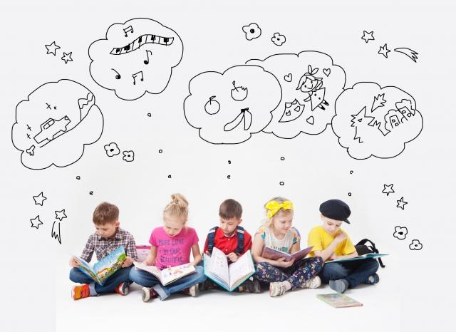 今の絵本は子供が読む本ではない