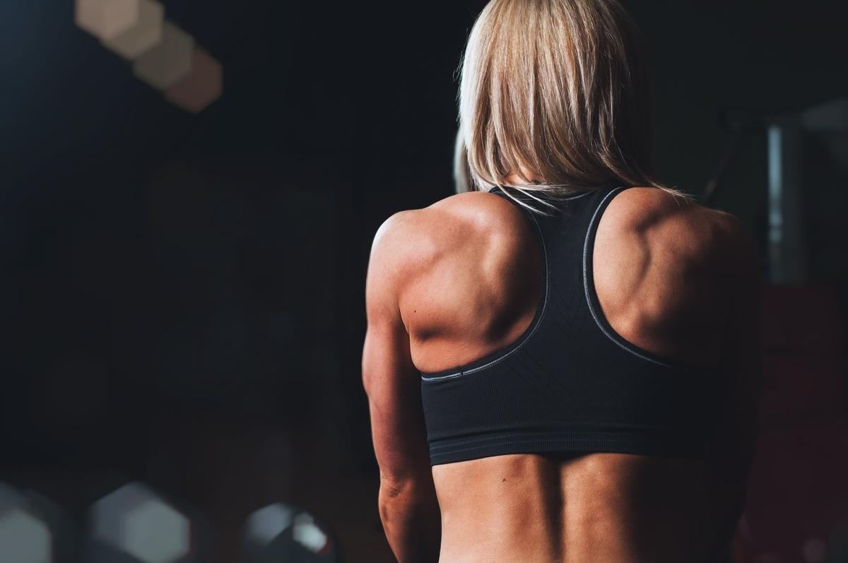 プロテインだけでは筋肉はつかない