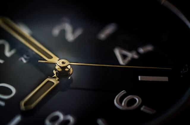 目標に応じて筋トレのインターバルの時間を設定する