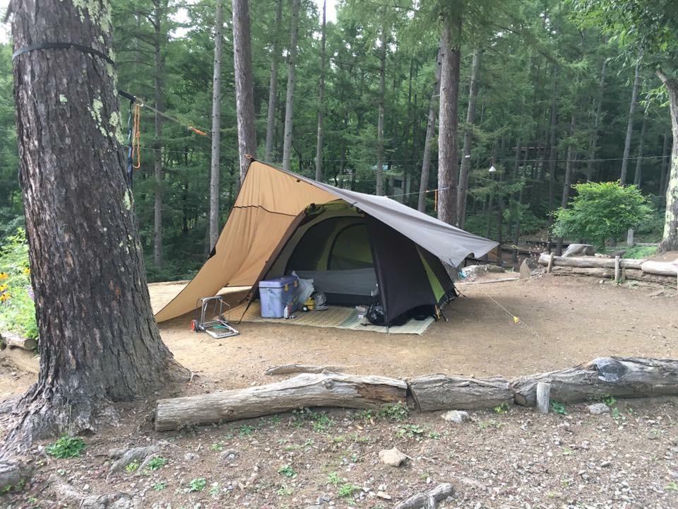 DDタープ4x4 テント上に設置