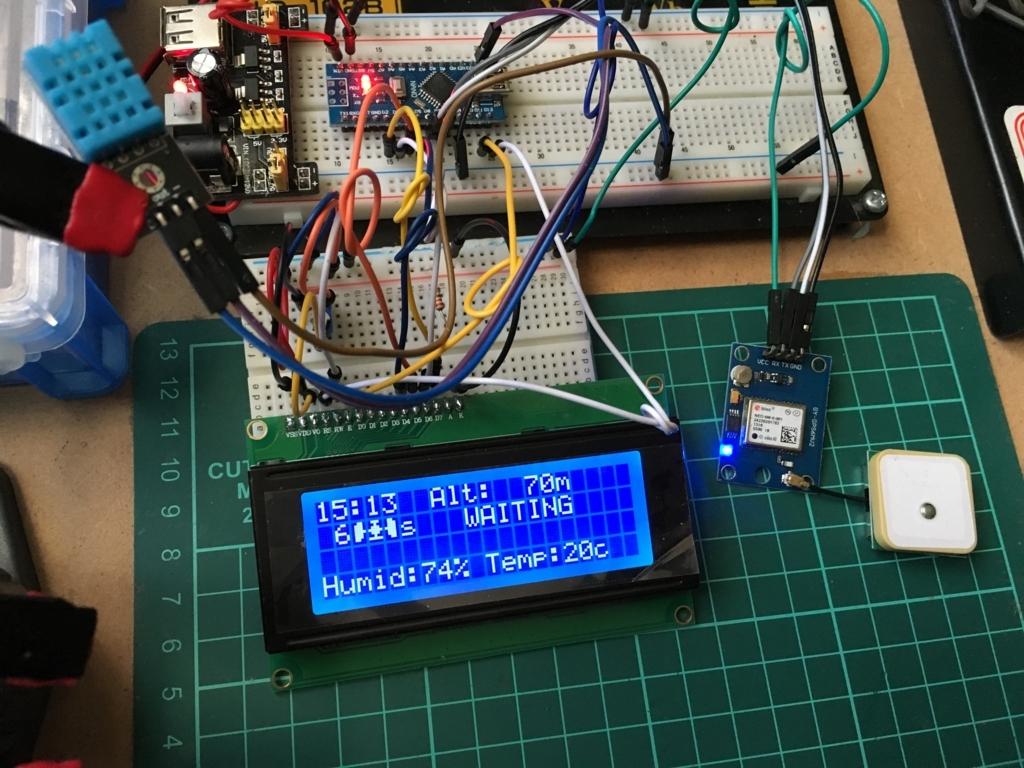 Arduinoとセンサーモジュールでバージュンアップ途中の車内モニター