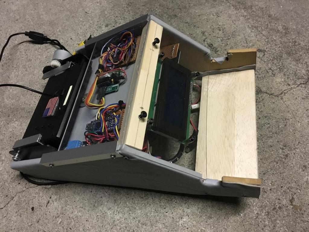 Arduinoで作るジムニーのコクピットディスプレー。スケルトンモデルが完成