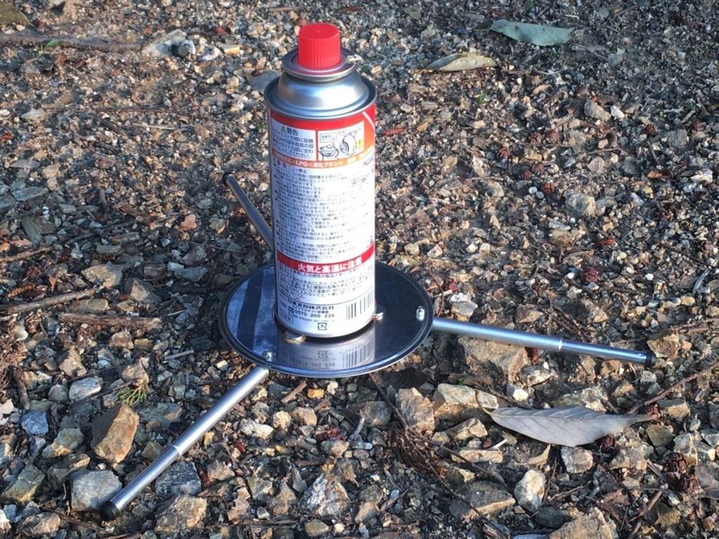 コンパクトに収納できるキャンプ用CB缶ホルダー(スタンド)を100均グッズで自作