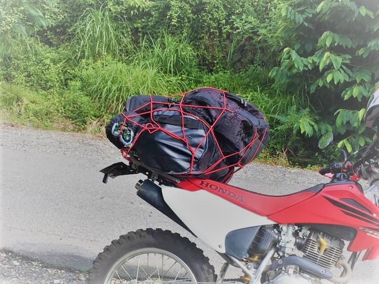 車もバイクもキャンプするなら防水バックが便利