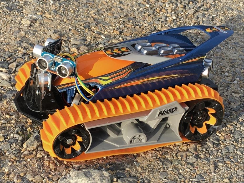 トイラジコンを超音波センサー5個とArduinoで工作自動走行ロボットにしてみます