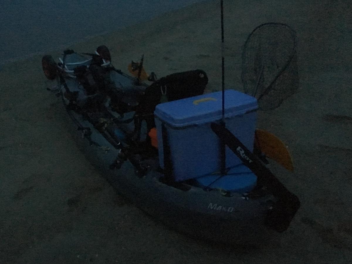 夜明け前に出艇したカヤックフィッシング