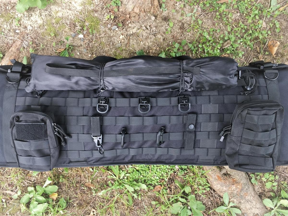 OLLE(モール)システムでソロキャンプに似合うバッグにしよう!タクティカルにカスタマイズ