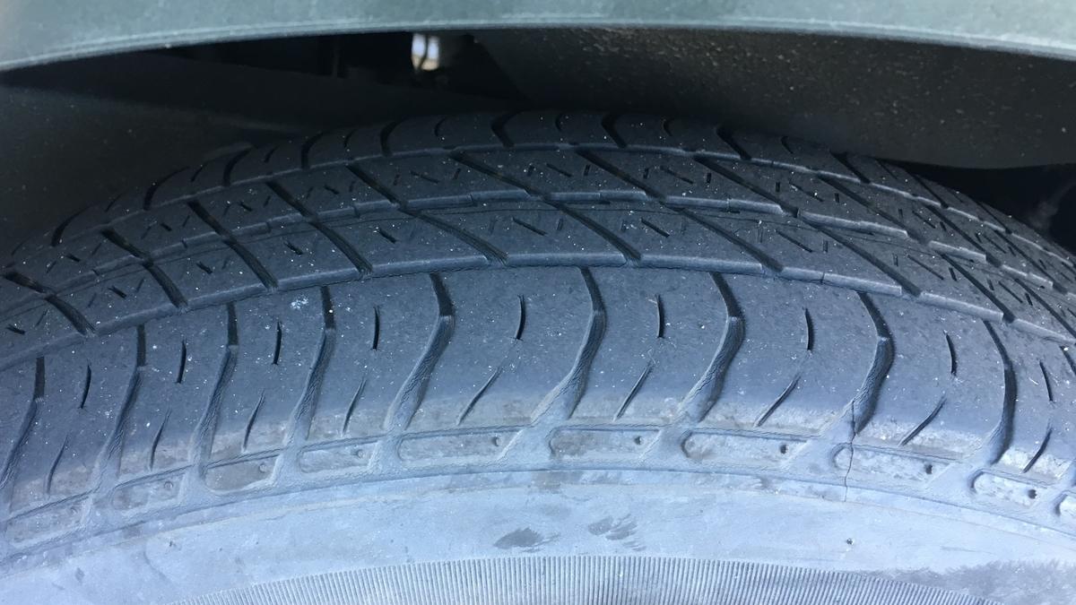 ジムニーのタイヤを新品に交換したくなってきました
