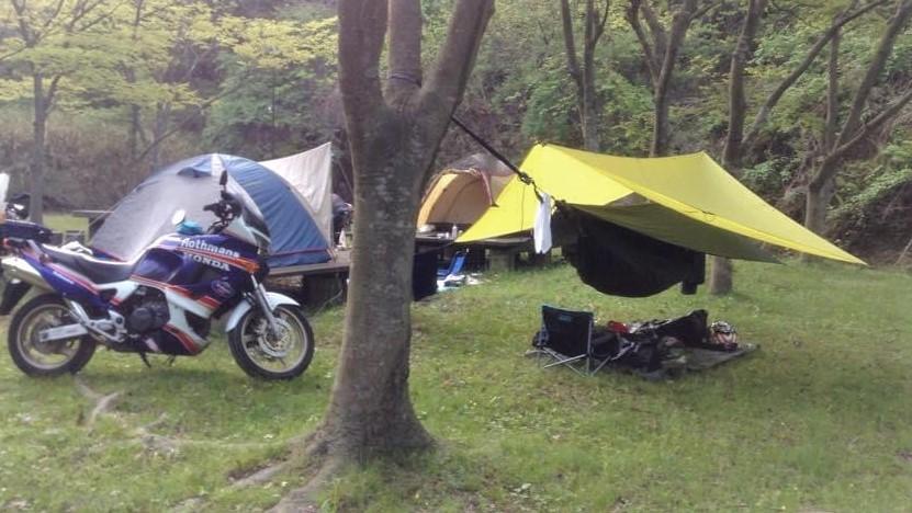 バイクで持っていきたい、コンパクトなキャンプ道具