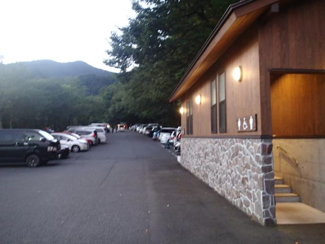 登山口駐車の写真3